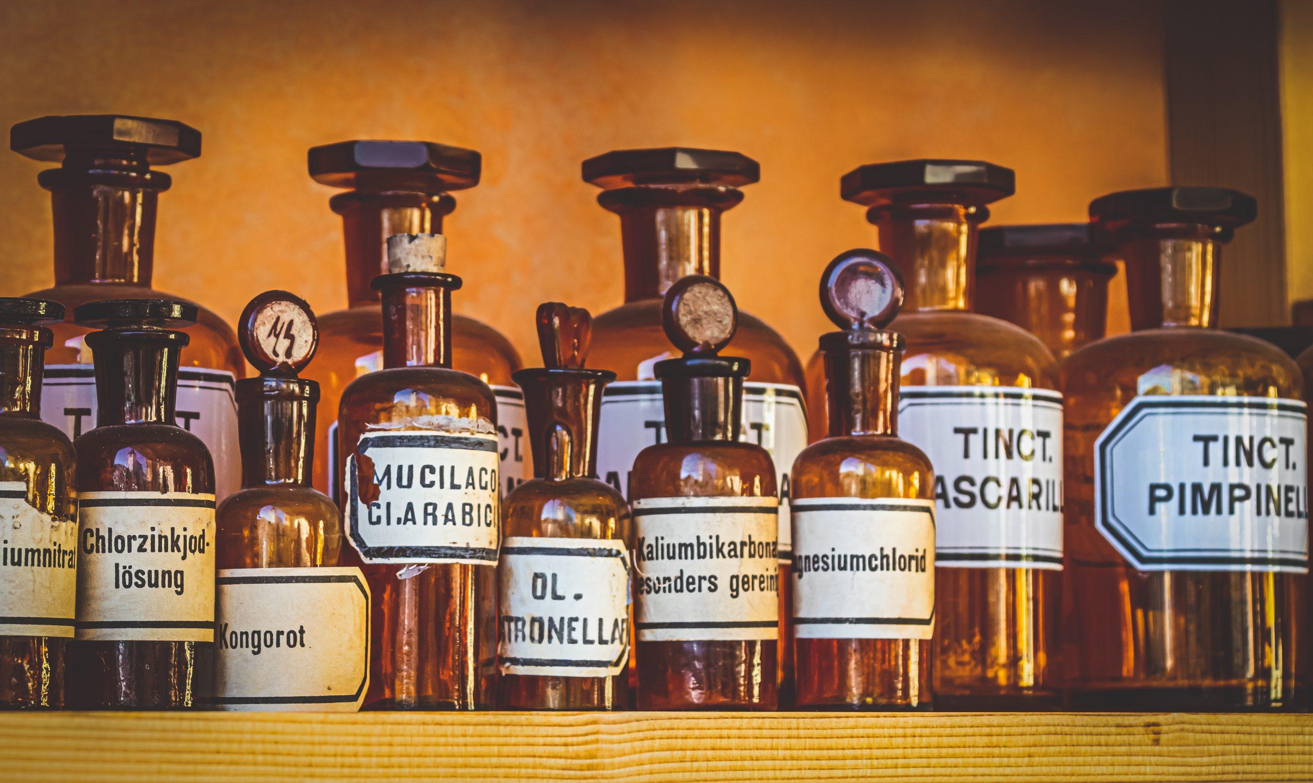 pharmacy-4496633